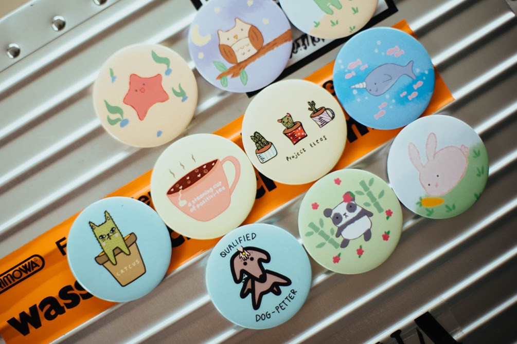 A Complete Guide to Sell Pin Buttons Online