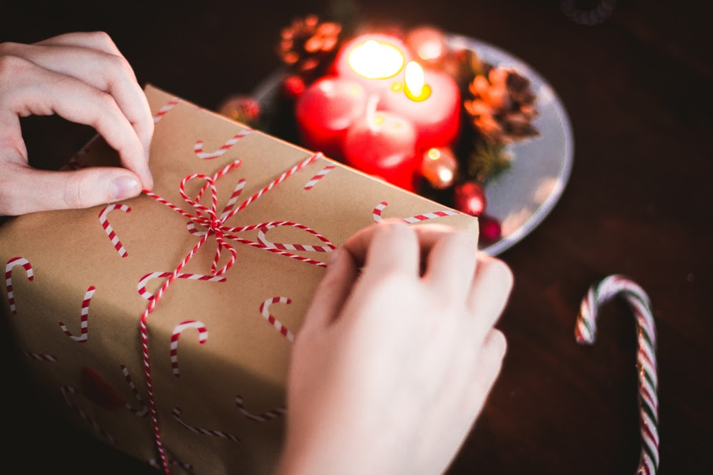 How to Start Personalized Gift Business Online